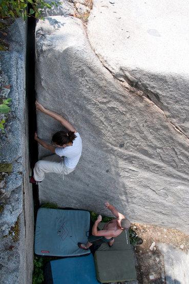 Rock Climbing Photo: Svitlana sending Classic corner V2