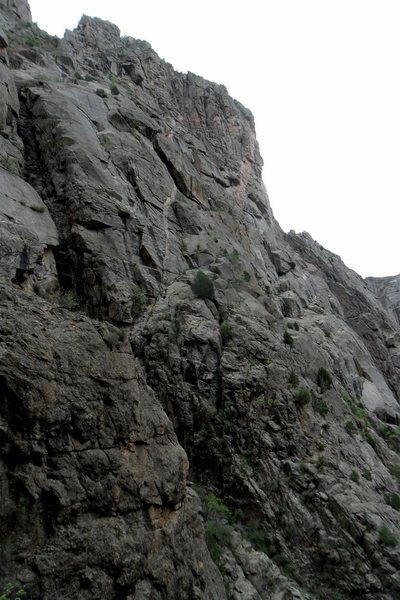 Rock Climbing Photo: Casual Buttress as seen from the hike down SOB Gul...