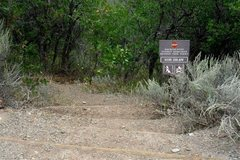 Rock Climbing Photo: Sign near the right side of the road from the Rang...