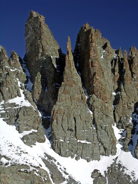 Rock Climbing Photo: Approximate locations of the South Face & Kor rout...