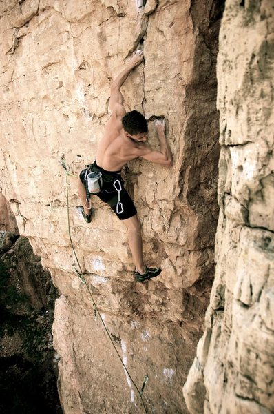 Rock Climbing Photo: Above the roof and starting into the flake system ...