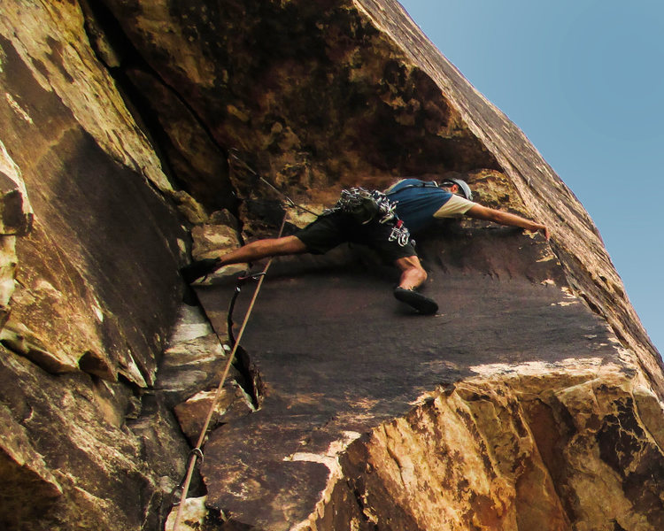 Rock Climbing Photo: Pulling the roof move on Bruja's Brew. Photo by Gi...