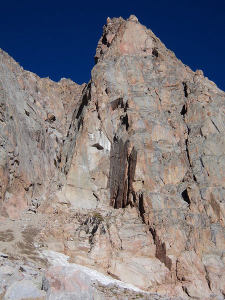 The Honcho Boncho Buttress gains the chimney on the right side of the buttress.