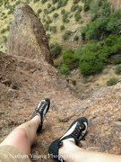 Rock Climbing Photo: The 2nd pitch belay ledge, with only the last 10 f...
