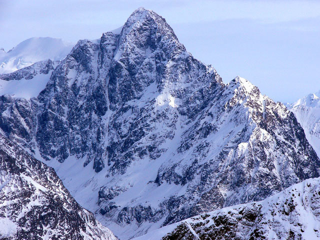 Rock Climbing Photo: The north face of Yukla from the air