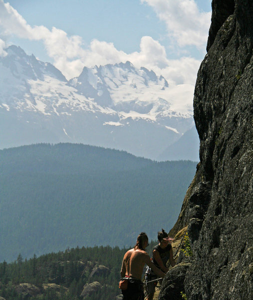 Rock Climbing Photo: Looking from Charlotte's Web toward  Tantalus Rang...