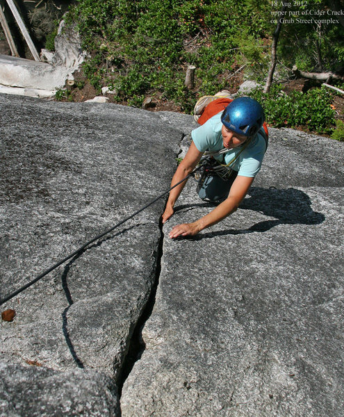 Rock Climbing Photo: Upper section of Cider Crack
