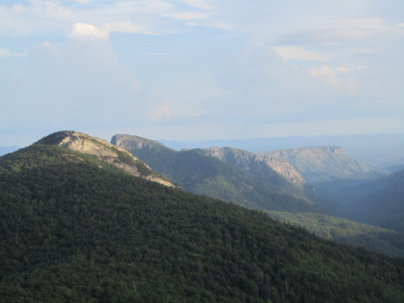 Rock Climbing Photo: From L to R:  Hawksbill, Table Rock, the NC wall, ...