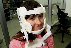 Belayer's neck brace (attachment for belay glasses available at additional cost).