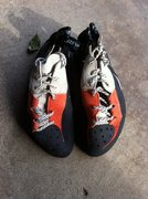 Rock Climbing Photo: Scarpas, older version of the Mago, sz 41
