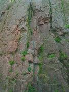 Rock Climbing Photo: Locate Sweet Areta between Mystery Climb and Begin...