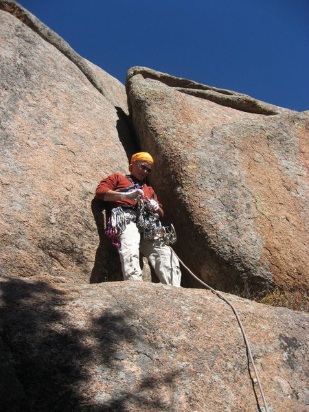 Readying to lead the crux. Photo by Rob Kelman.
