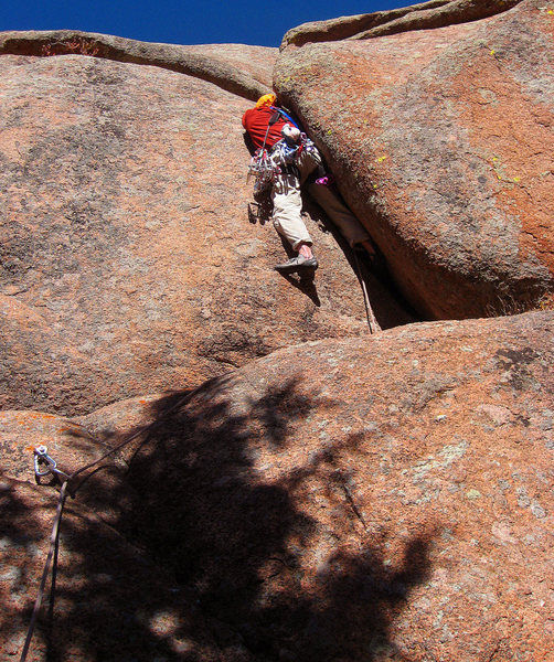Ascending the crux of the route. 14 October 2010. Photo by Rob Kelman.