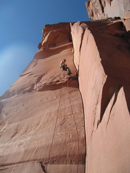 Rappelling the unknown 5.10 route.