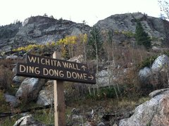 Rock Climbing Photo: The upper sign with Wichita Wall and Ding Dong Dom...