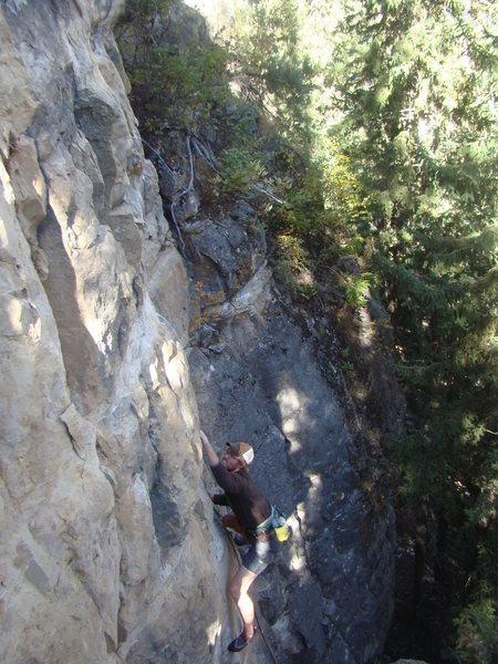 Rock Climbing Photo: Ted takes down JuggerMeister, 5.11a.