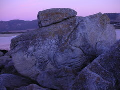 Rock Climbing Photo: The West Face of Gamewize Boulder. Sea Turtel clim...