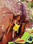 Rock Climbing Photo: Starting out the Duskian Suit problem on the Equin...