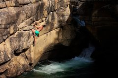 Rock Climbing Photo: Chuck Lepley on Aqua Man.