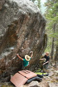 Rock Climbing Photo: Joey toting his famous sun hat on Carpenter's Trav...