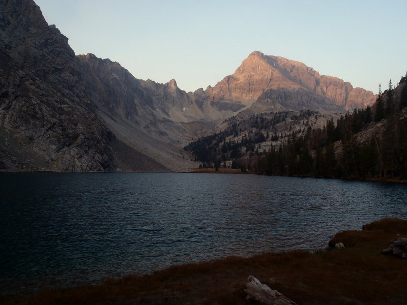 Rock Climbing Photo: East Face of Mount Idaho above Merriam Lake