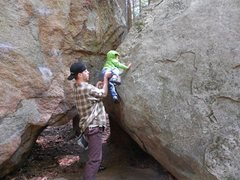 Rock Climbing Photo: bouldering in pawtuckaway
