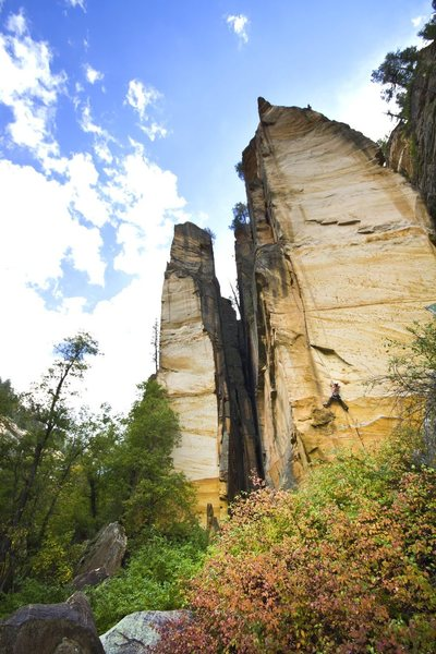 Rock Climbing Photo: A beautiful Sendtember day in the Ultimates. Ultim...