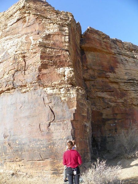 Rock Climbing Photo: A shot of the entire route. Thin climbing to the o...