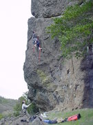 Rock Climbing Photo: Bolting Daily Dose on lead.