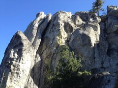 Rock Climbing Photo: Roadside Rock--most climbs are around to the left....