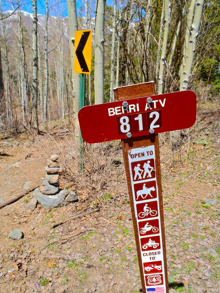 Rock Climbing Photo: The trail begins here and almost immediately cuts ...