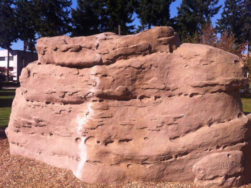 Rock Climbing Photo: Huntamer Boulder