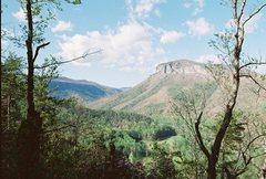 Rock Climbing Photo: Shorthoff Mtn, shortly after the South side river ...
