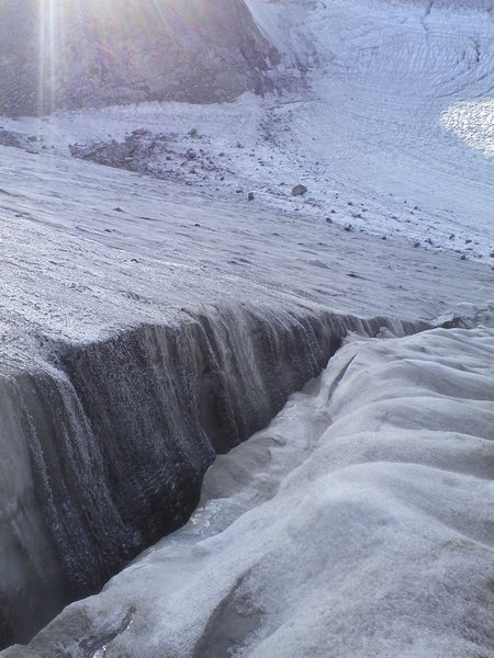 Rock Climbing Photo: Crevasse on Dinwoody Glacier