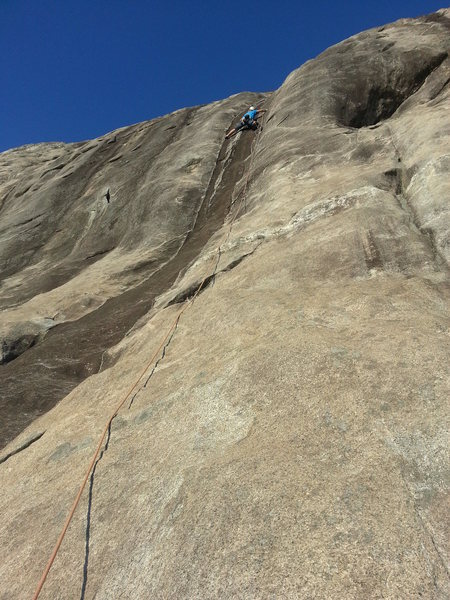 Rock Climbing Photo: Crux pitch with great stemming!  Photo courtesy of...