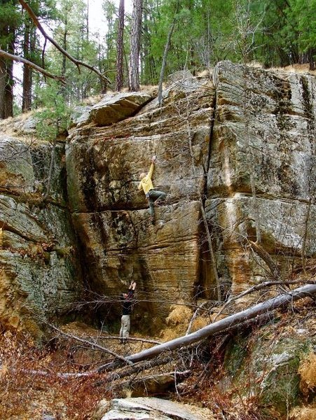 Rock Climbing Photo: Start of true crux while entering the no-fall zone