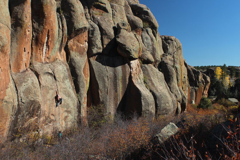 Ian on the low crux of Rocket Man during a brilliant October day.