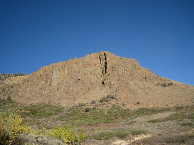 Large Cliff 5 minutes above road near Copper Valley (15m south of jarbidge on the Jarbidge Deeth road)