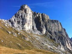 Rock Climbing Photo: The route ascends the obvious corner left of cente...