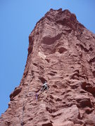 Rock Climbing Photo: On P1, tensioning over into next beak seam.
