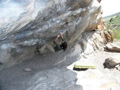 Rock Climbing Photo: Movement just prior to the pinch for the crux sequ...