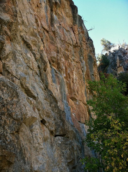 Rock Climbing Photo: Borat 5.11a from the South