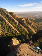 Rock Climbing Photo: About 1/2 way up the North Ridge of Dinosaur Mt, t...