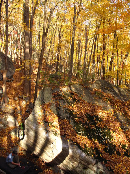 Rock Climbing Photo: Five Star Bouldering during Peak Foliage. Mike M. ...