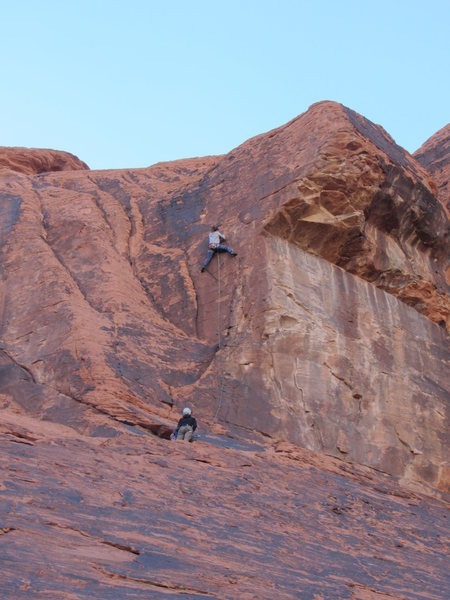 Rock Climbing Photo: Ocean nears the crux of Grizzly.