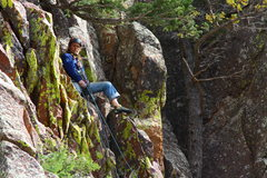Rock Climbing Photo: Landy at the belay tree, (10 ft rotten rock is all...