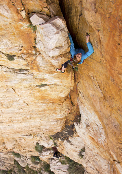Rock Climbing Photo: Jessie Rushbrooke on the first pitch of Em's Cleft...