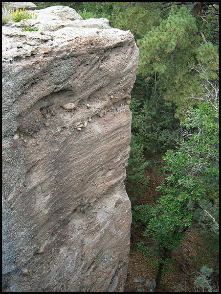 An arete at Castlewood Canyon. <br> Photo by Blitzo.