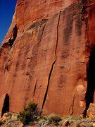 Rock Climbing Photo: Pitch 1 climbs a short, 30 foot, hand crack.