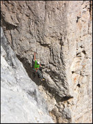 Rock Climbing Photo: El crux.  Now hang in there for another 10 or so c...